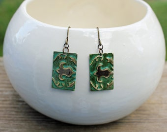 Vintaj Earrings, Vintaj Jewelry, Green Jewelry, Patina Jewelry, Fleur de lis, Brass Earrings, Embossed Metal Jewelry, Hand Painted Jewelry