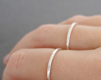 20% off 2 Sterling Silver Rings - 16 gauge - set of two stacking rings . choose your size