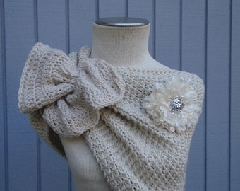 Wedding accessories, bridal accessories, bridal shawl, wedding shawl, off white shawl, knitting shawl, handmade shawl, shrug, wedding gown