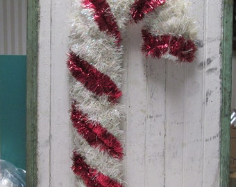 Christmas Tinsel Door Decoration Wall Hanging Vintage Candy Cane Red White Glitter Tinsel Christmas Wreath Industrial Metallic Tencil MCM