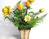 50s 60s Vintage TV Lamp, Electric Light Up Yellow Bouquet Plastic Flowers, Planter Vase Lamp Quirky Mid Century Kitsch Mood Light