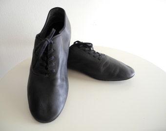 Black leather DANCE lace up soft shoe sz. 9