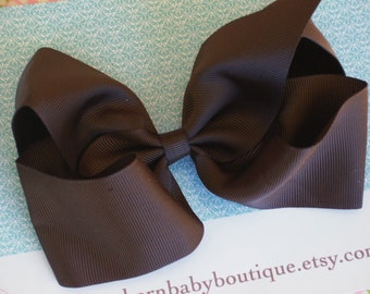 NEW ITEM----Simple X-Large 5.5 Inch Hair Bow on French Clip----BROWN