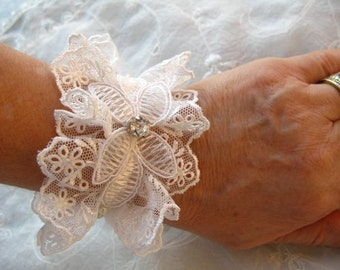 Ivory Bridal Cuff,  Cuff Bracelet, Lace cuff, Lace Bracelet with Pearls and rhinestone- OOAK
