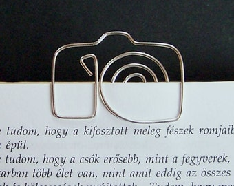Camera - wire bookmark