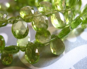 Shop Sale..PERIDOT Pear Briolettes, Luxe AAA, 6 pcs, 6-8 mm, Granny Apple Green, faceted, August birthstone semiprecious wholesale beads