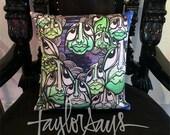 Tayliens decorative pillow