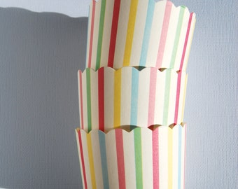 Scallop Baking Cups in Pastel Stripes (12)