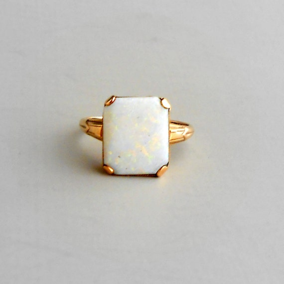 Rectanglar Opal Stone Ring