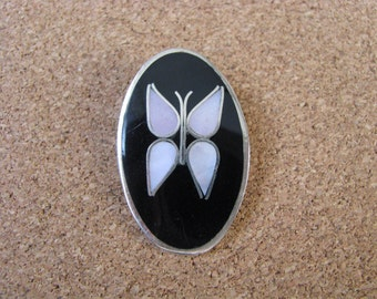 Vintage inlaid oval butterfly pin pendant combination marked Mexico