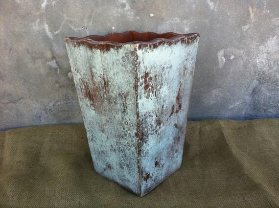Trash can wooden trash can shabby chic decor farmhouse - Shabby chic wastebasket ...