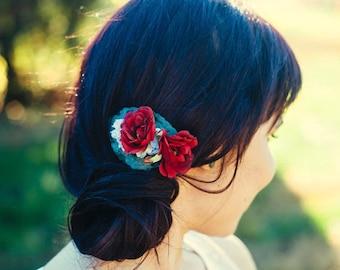 Romantic Crimson Rose Hair Comb, Floral Bridal Fascinator, Woodland Bridal Hair, Wedding Accessory