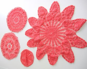 Hand Dyed Vintage Doily Set / Red Coral cotton / set of 4 / Bridal or wedding decoration / Spring / Easter / Pink Doilies / Home decor
