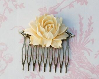 Ivory Rose Hair Comb Ivory Cream Bridal Spring Wedding Romantic Garden Wedding