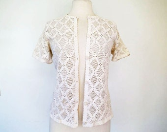 SOFT BREEZE // cream crocheted 1970s blouse or sweater