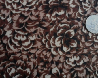 "Pine Cone 100% Cotton Fabric Remnant 19"" X 45"" Browns"