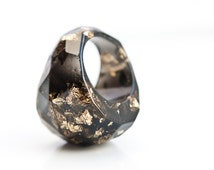 Black Resin Ring Gold Flakes Statement Faceted Cocktail Ring OOAK dark gray geometric minimalist jewelry
