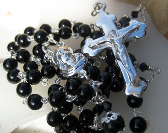 Artisan Crafted Heirloom Quality  Beautiful Five Decade CATHOLIC Black Onyx and Silver Leaf GEMSTONE and SOLID Sterling Silver Rosary