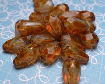 Picasso Faceted Teardrop Glass Beads 9x6mm - 8pc