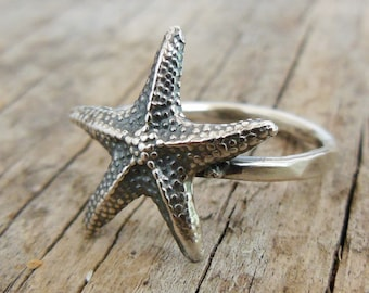Tiny Silver Starfish Ring, Sterling Charm, Beach Jewelry, Faceted Hammered Band