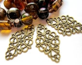 8 pcs. Antique bronze Filigree jewelry findings cast medallion  lace openwork victorian style 41mm x 50mm x 2mm  BUS 1304