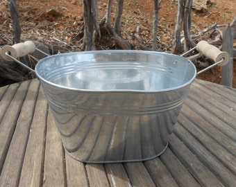 """2 Large Rustic Oval Galvanized Tub, Bucket, 12"""" x 9"""" x 5"""", Wood Handles, Great For Barn Weddings, Planting Succulents, Containers"""
