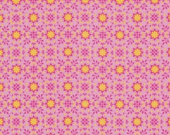 Pretty Little Things PWDF125 Pink Daisy cotton Fabric by  Dena Designs FreeSpirit Fabrics