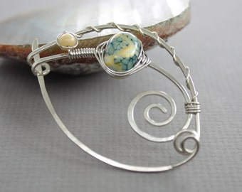 Handmade silver shawl pin in sage green on ivory lampwork glass bead in swirly ornate design - Silver pin - Cardigan clasp - SP020