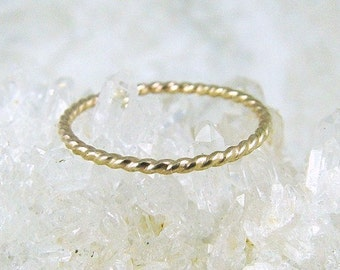 14K Solid Gold Stacking Ring / Gold Stacking Ring / Gold Ring / Gold Wedding Ring