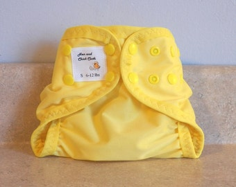 Small PUL Diaper Cover with Leg Gussets- 6 to 12 pounds- Citron- 21011