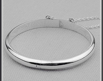 Child Baby Sterling Silver Smooth Hinged Bangle Bracelet with Chain