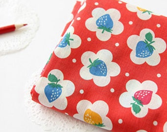 Lovely Berry on Red ASSA Cotton Wide 140cm, U145
