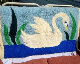 Retro Vintage 1960s Yarn Art Rug/Tapestry Swan