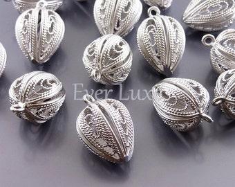 2 Matte silver round filigree charms, jewelry pendants, necklace pendants, jewelry charms, brass findings 915-MR (matte silver, 2 pieces)