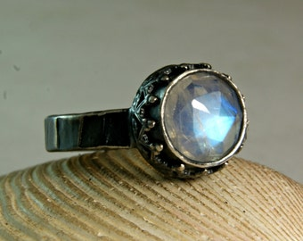 Silver Blue Moonstone Ring, Sterling Silver Jewelry, Engagement ring , Renaissance Jewelry, Faceted Stone
