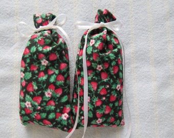"Black 4""X2""Sachet-'Strawberry' Fragrance-Red Strawberries/White Flowers Father's Day Sachet-Cotton Sachet-White Ribbon-Cindy's Loft-347"