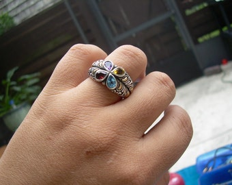 Gorgeous 925 and 18K yellow Gold Designer Ring Featuring Garnet, Blue Topaz, Amethyst, and Citrine Stamped 925 18K BJO