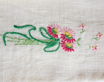 Tea Towels, Guest Towels, Spring Decor, Embroidered Fingertip Towels, Cottage Chic Decor, Embroidered Linens, Pink and Green