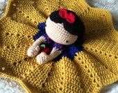 Crochet Snow White Lovey, Security Blanket, baby shower gift, princess nursery, disney baby gift, Prop, crochet blanket, Snow White