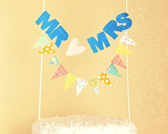 Customized Mr and Mrs Sentiment Bunting Cake Topper Decoration / Vintage Circus Style