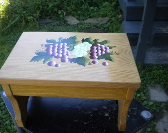 Grape step stool, wooden step stool, acrylic painting of grapevine and green and purple grapes, hand painted bench, artist, painted wood