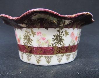 Vintage Victoria Carlsbad Austria Ruffled Pin Dish