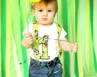 Boy Birthday Outfit: Monkeys party clothing, green, brown, jeans, suspenders, birhday shirt, birthday age, up-cycled