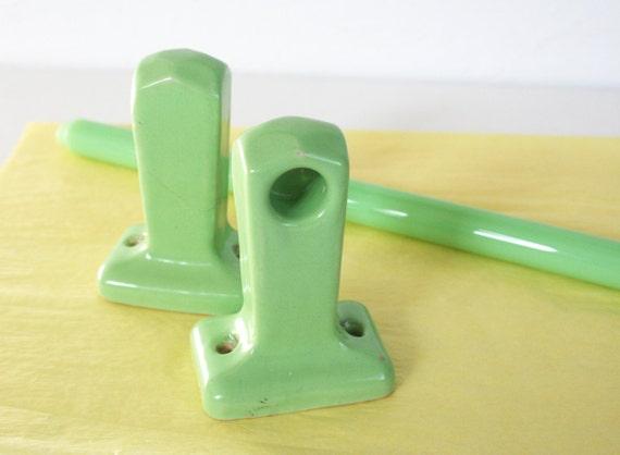 Art Deco Style Jadeite Towel Bar With Ceramic Brackets Jade
