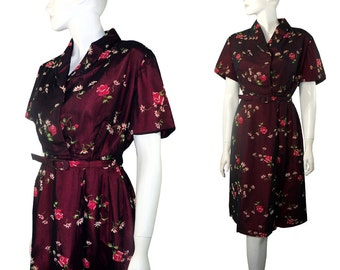 Vintage early 1950's Shimmery Sharkskin Red Floral Dress Size Large / XL