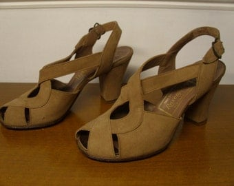 ON SALE  Vintage  1940's Brown Suede Peep Toe Heels