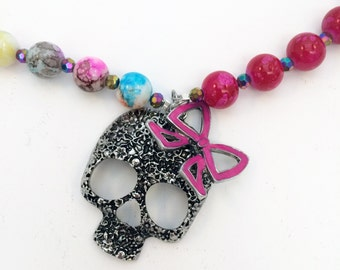 Girly Skull Row Counter Necklace