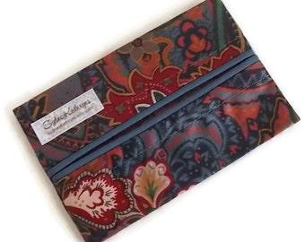 Bold Print Travel Tissue Cozy Blue Flowers, Kleenex Pouch