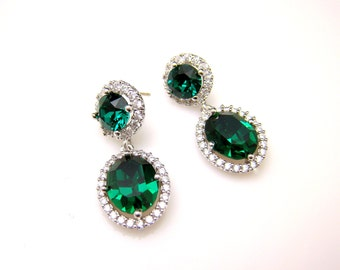 bridesmaid gift Swarovski emerald green oval drop crystal rhinestone crystal white gold plated cubic zirconia decorated round post earrings.