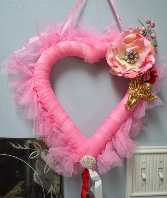 Valentine Hanging Heart Decoration. ECS